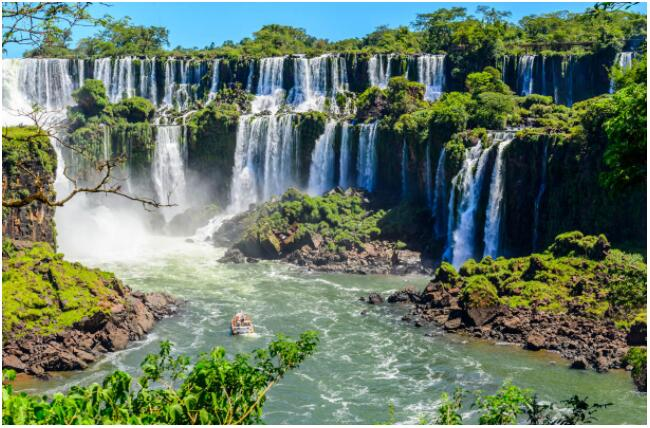 Iguassu Falls is one of the most amazing natural sites in Argentina